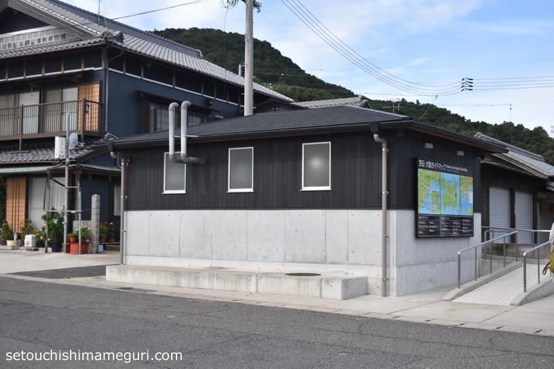 宝伝港の公衆トイレ