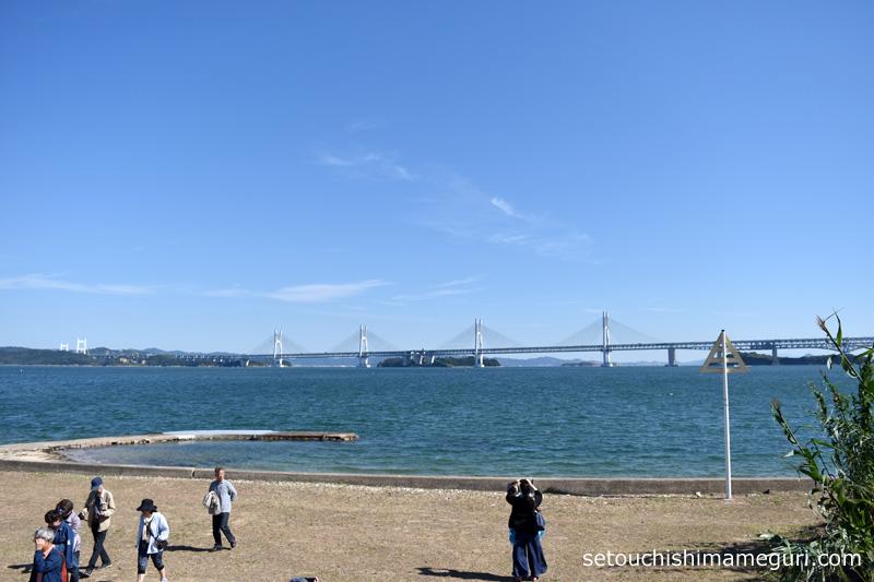 本島から見る瀬戸大橋