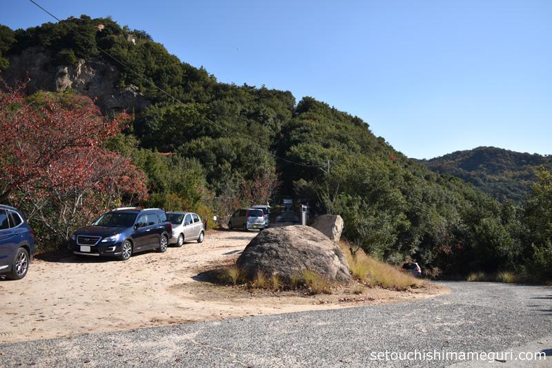 小豆島 重岩(かさねいわ)の駐車場