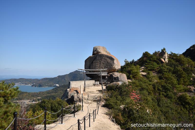 小豆島 重岩(かさねいわ)
