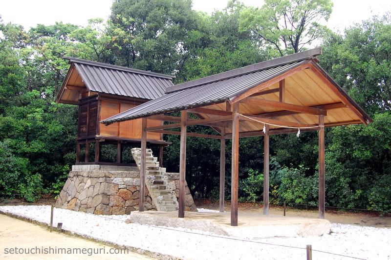 直島 家プロジェクト 護王神社/アプロプリエイトプロポーション