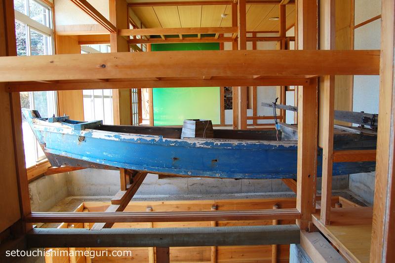 大島【{つながりの家}GALLERY15「海のこだま」】やさしい美術プロジェクト