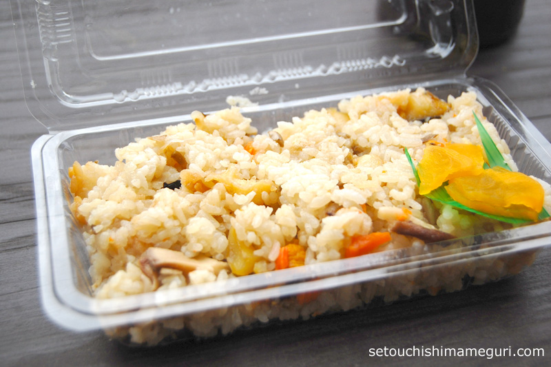 男木島のサザエ飯