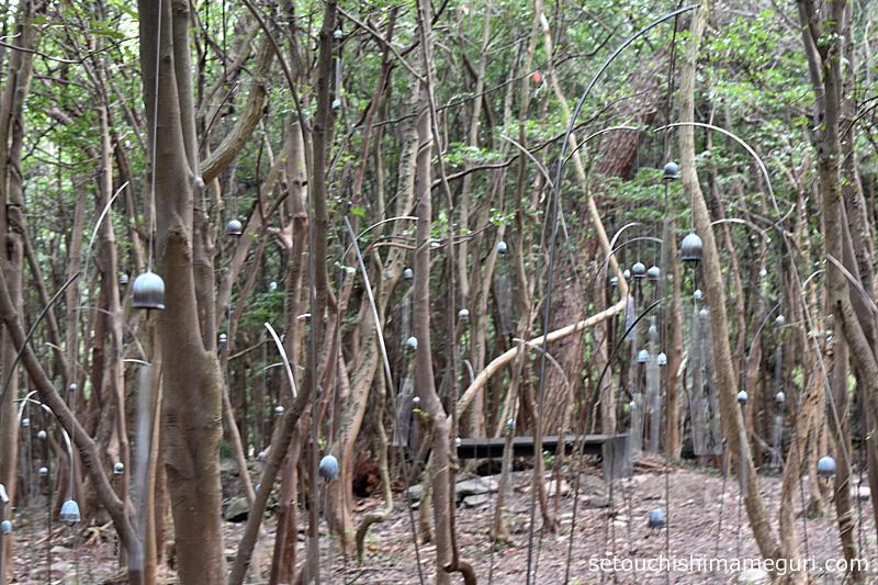 豊島 ささやきの森